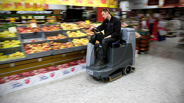 A supermarket being cleaned with Twister™